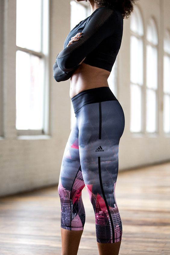 bc4505d0f32 Best 37 Running Outfits That Will Make You Attractive Working Out ...