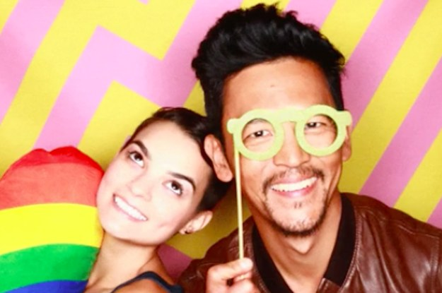 Hire Celebrity Shots Photo Booth - GigSalad
